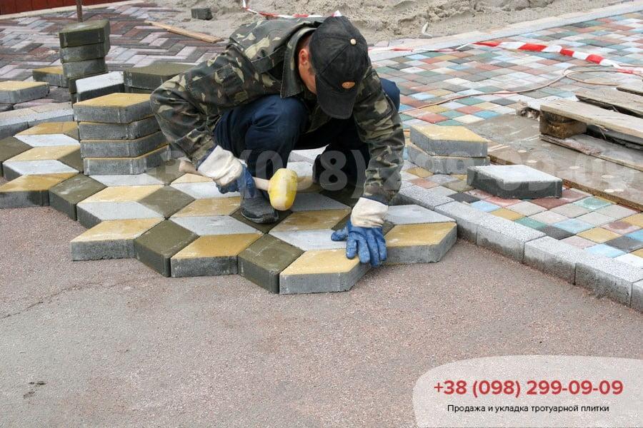 Укладка тротуарной плитки фото 1